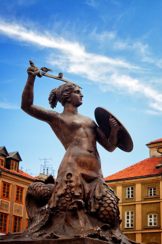 памятник в старом городе Варшава