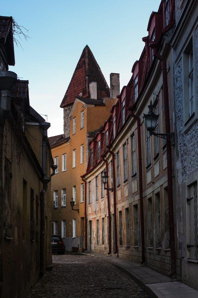 Как оформить визу в Эстонию?