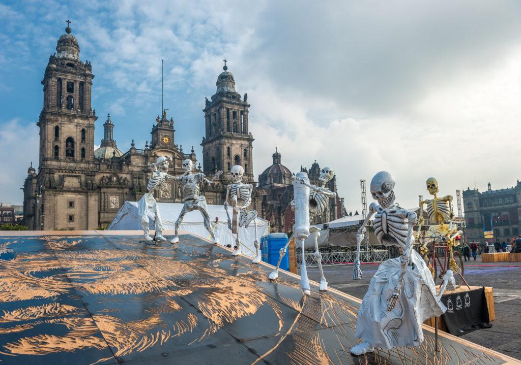 «День мертвых – легендарный и шокирующий праздник из Мексики»