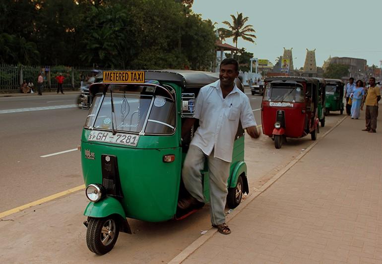 Такси Шри-Ланка
